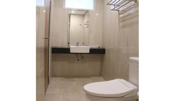 Hotel Sampurna Cirebon - Bathroom
