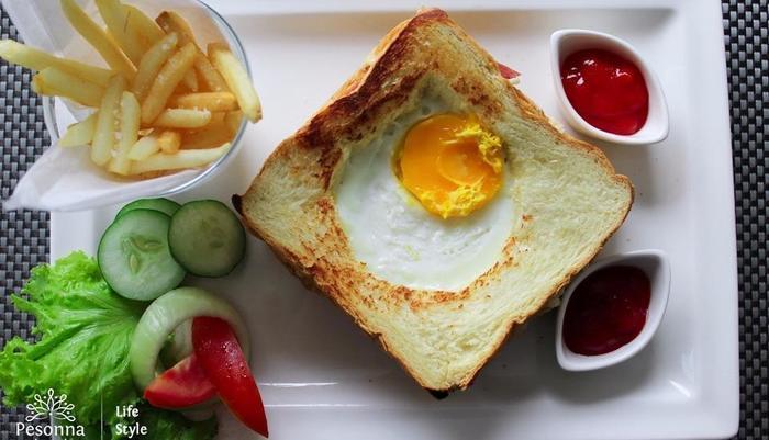 Kyriad Pesona Hotel  Surabaya - Sandwich