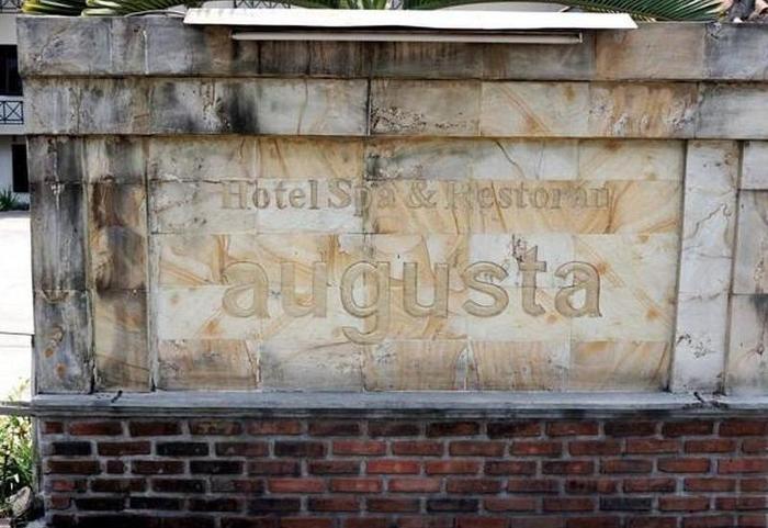 Hotel Augusta Garut - Hotel View