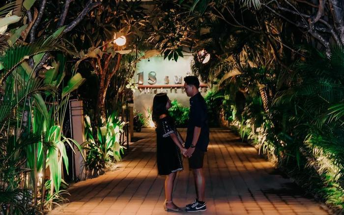 18 Suite Villa Loft Bali - Night light