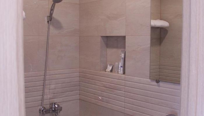 Hotel Cikini Jakarta - Kamar mandi