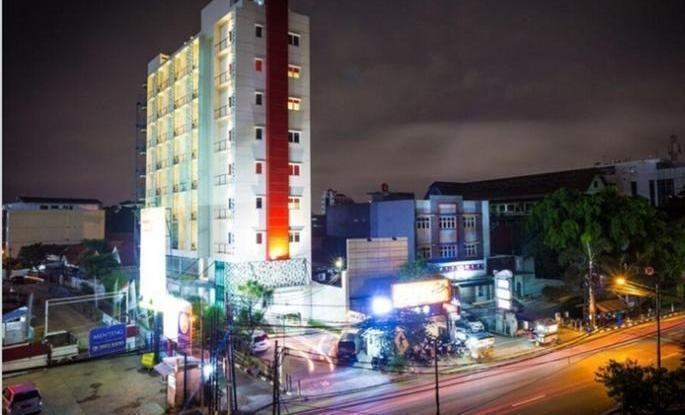 Hotel Cikini Jakarta - Eksterior