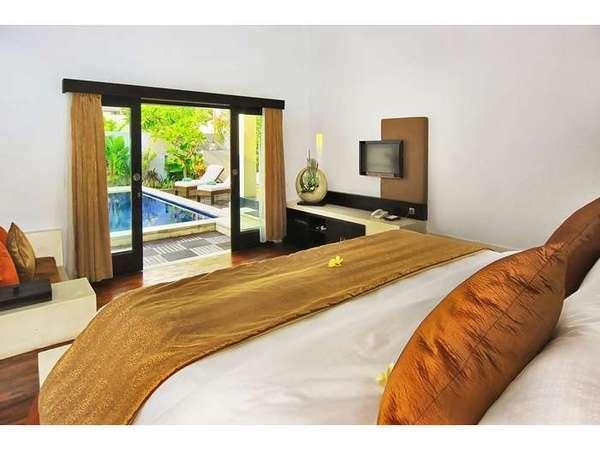 The Seminyak Suite Bali - Bedroom 1
