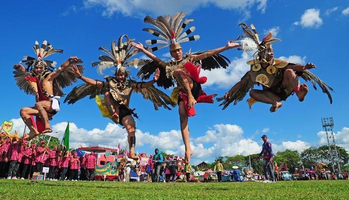 TreePark Hotel Banjarmasin - Tarian tradisional