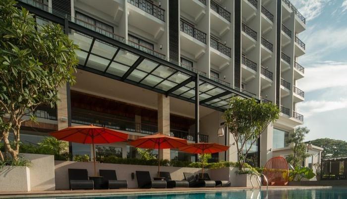 Sotis Hotel Kupang - Back View