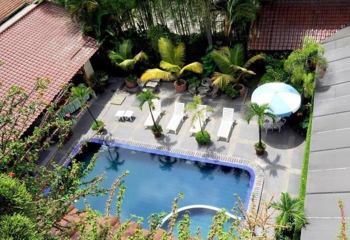 Hotel Mutiara Bandung - Pool View