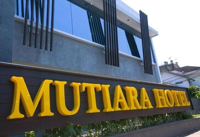 Hotel Mutiara Bandung - Hotel Name