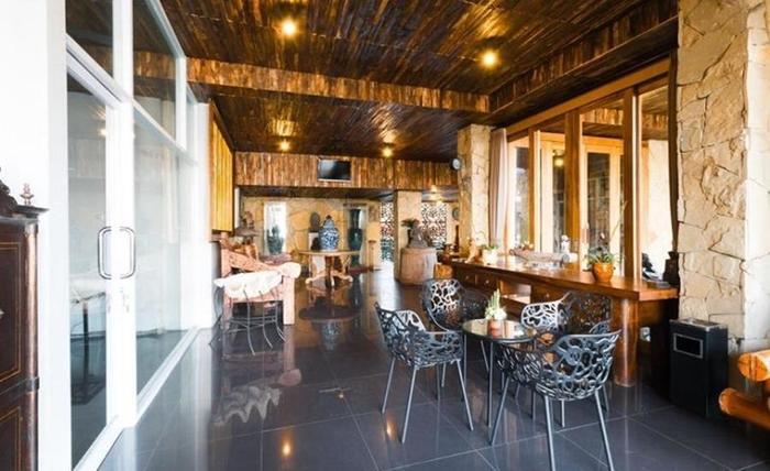 Tinggal Standard at Raya Kuta Joger - Restoran