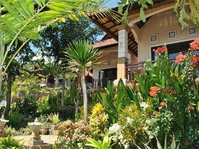 Acarya Bungalows Bali - Tampilan Luar