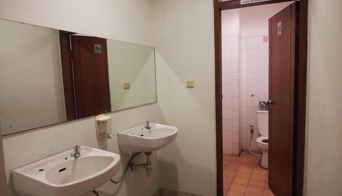 CT 195 Bandung - Kamar mandi