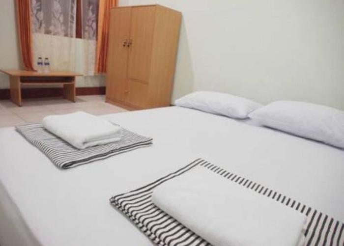 CT 195 Bandung - Standard share Bath Room