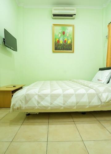 CT 195 Bandung - Standard Private Bath Room