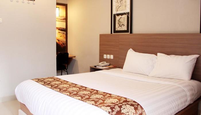 Front One Resort Wisma Aji Yogyakarta - superior