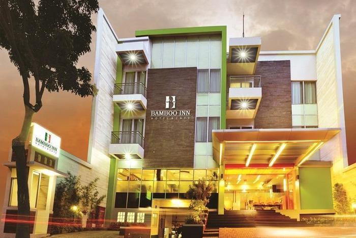Bamboo Inn Hotel & Cafe Jakarta - Tampilan Luar Hotel