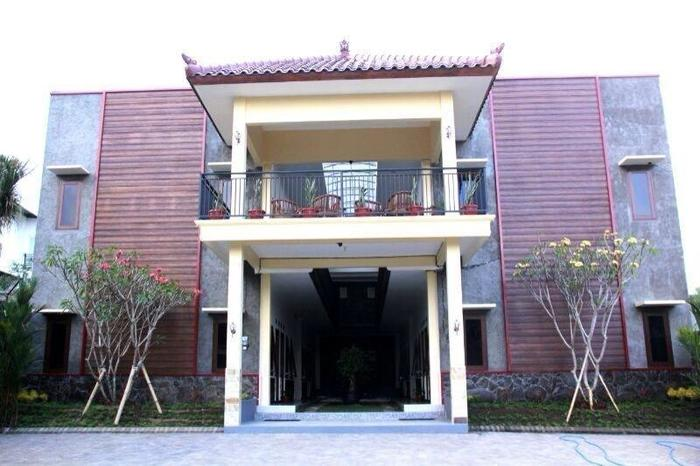 Baliku Guest House Batu - Around1