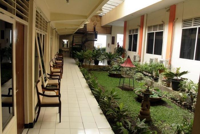 Hotel Intan Cirebon - Kamar Standar