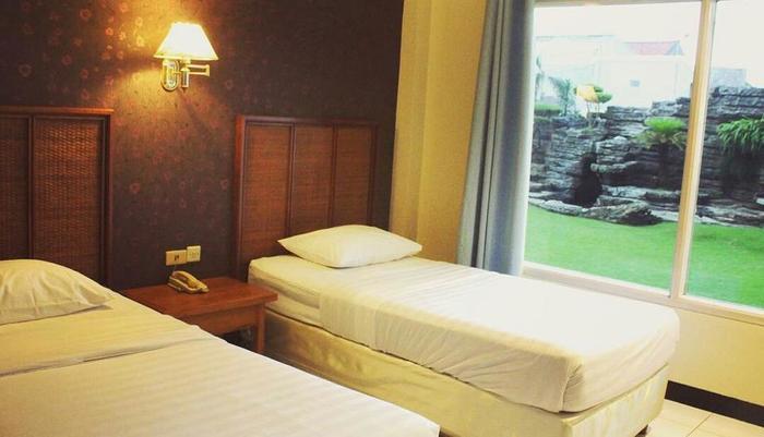 Hotel Intan Cirebon - Kamar Superior