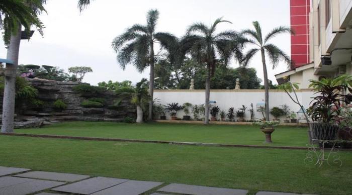 Hotel Intan Cirebon - Taman