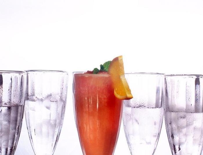 Merak Lifestyle Hotel Denpasar - Minuman
