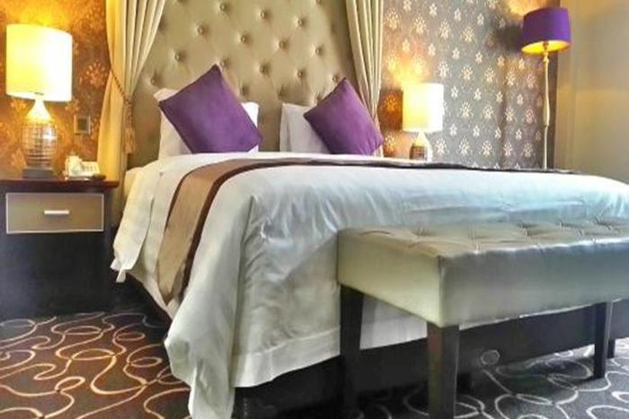 Adhiwangsa Hotel Solo - Kamar Junior Suite