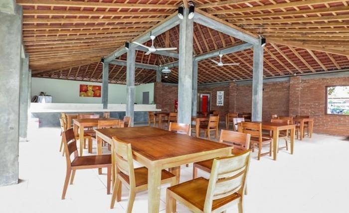 NIDA Rooms Airport Road Pakualaman - Restoran
