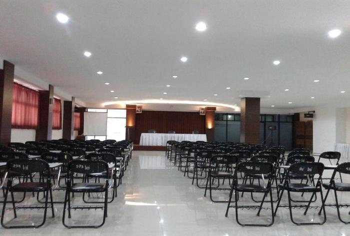 Bumi Makmur Indah Hotel Bandung - Meeting Room