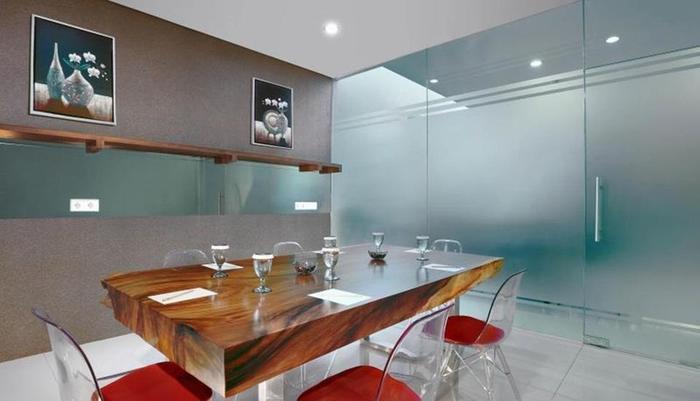 Hotel Neo Gubeng Surabaya - Ruang Rapat