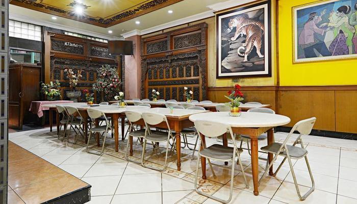 ZenRooms Lodaya - Restoran