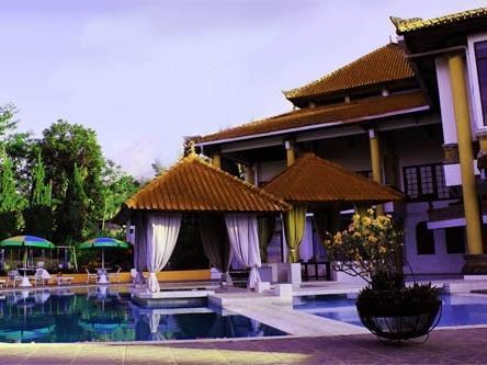 Royal Trawas Mojokerto -