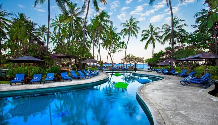 Holiday Resort Lombok - Pool