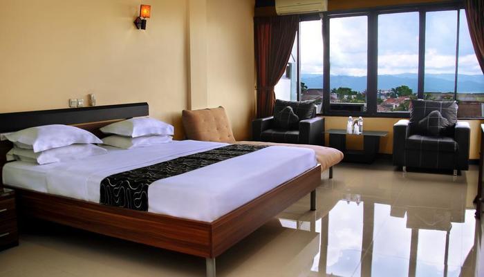 Hotel Permata Hijau Sukabumi - Penthouse Room