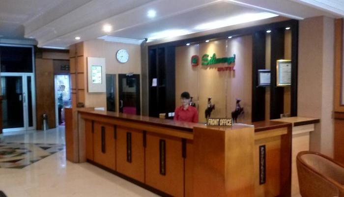 New Siliwangi Hotel Semarang - Lobby