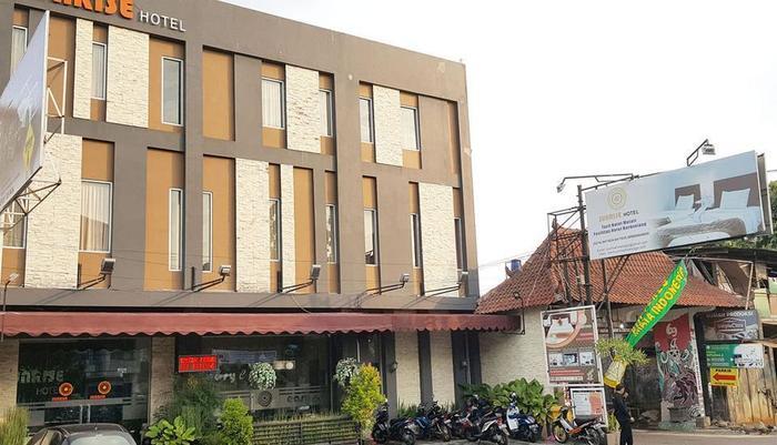 Sunrise Hotel Yogyakarta Yogyakarta - Tampak depan
