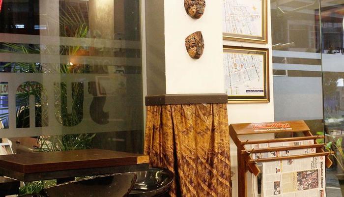 Sunrise Hotel Yogyakarta Yogyakarta - Tersedia fasilitas koran