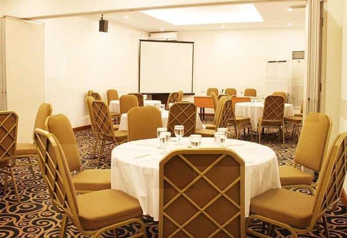 Grand Cemara Hotel Jakarta - Meeting Room