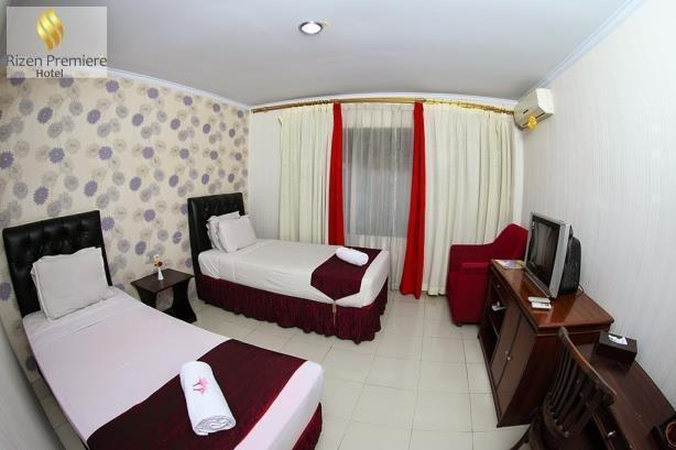 Rizen Premiere Hotel Bogor - 1