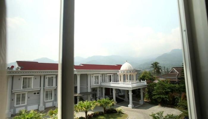 Rizen Premiere Hotel Bogor - 2