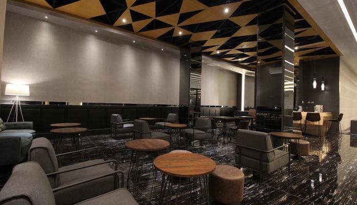 Forriz Hotel Yogyakarta Yogyakarta - lounge