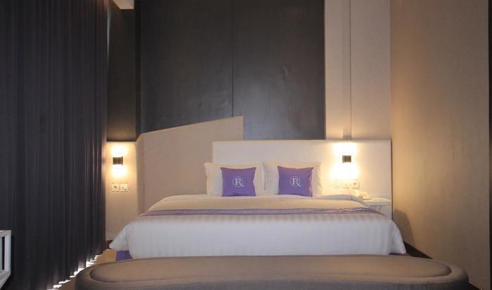Forriz Hotel Yogyakarta Yogyakarta - Suite Room