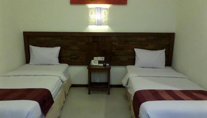 Bukit Daun Hotel and Resort Kediri - Junior