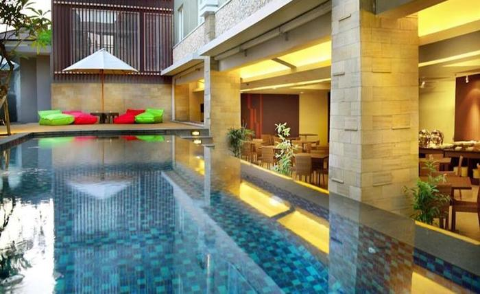 Primera Hotel Seminyak - Eksterior