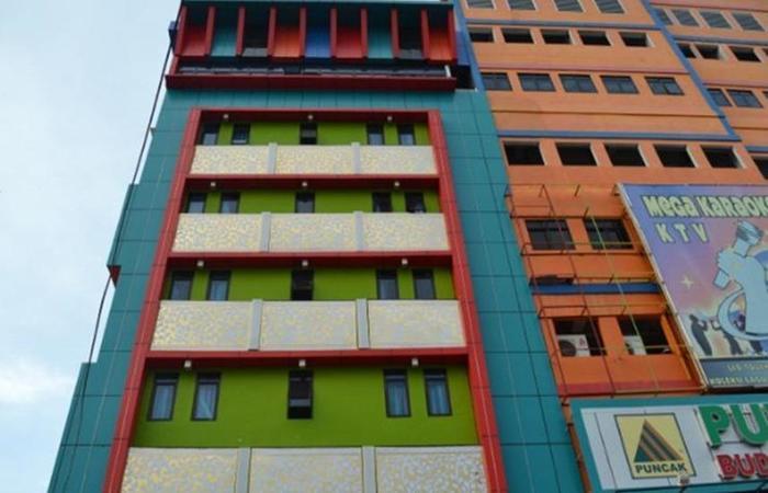 Puncak Budget Hotel Pangkalpinang - Eksterior