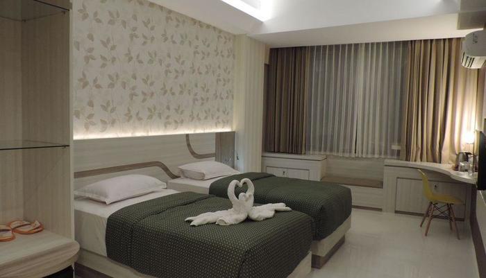 Dewarna Hotel  Bojonegoro - Twin