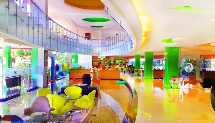 Dewarna Hotel  Bojonegoro - Lobby