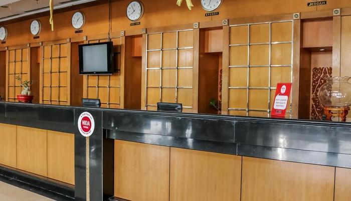 NIDA Rooms Jakarta Senen Raya Senen - Resepsionis