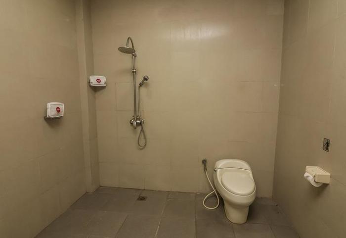NIDA Rooms Pantai Berawa Discovery Mall Kuta - Kamar mandi