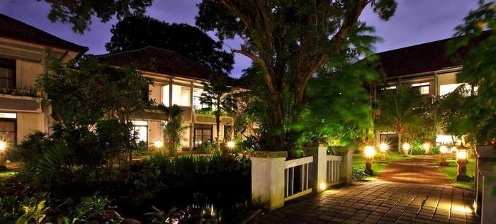 Puri Saron Hotel Seminyak - Taman