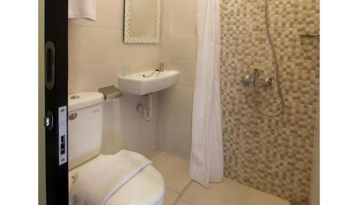 Laksana Inn Solo - Kamar mandi
