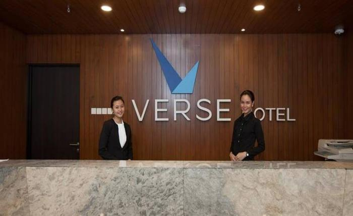 Verse Hotel Cirebon - Resepsionis