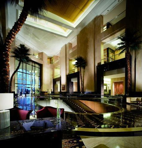 The Ritz-Carlton Mega Kuningan - Hotel Entrance